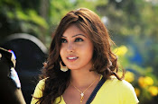 Komal Jha unseen photos gallery-thumbnail-18