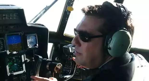 Απίστευτη πρόκληση Τσίπρα: Μετέτρεψε σε ταξί ελικόπτερο «Χιούι» για να μην χάσει τις διακοπές του