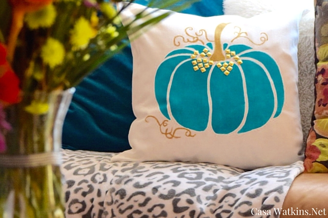 Painted Pumpkin Pillow DIY