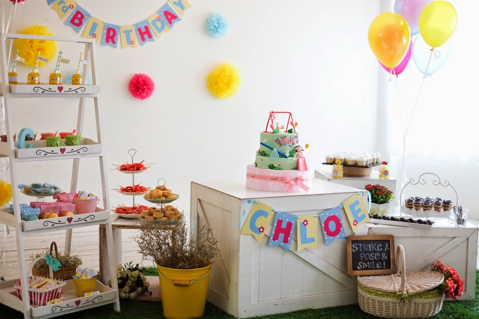 BABYLICIOUS PLAYGROUND PICNIC PARTY