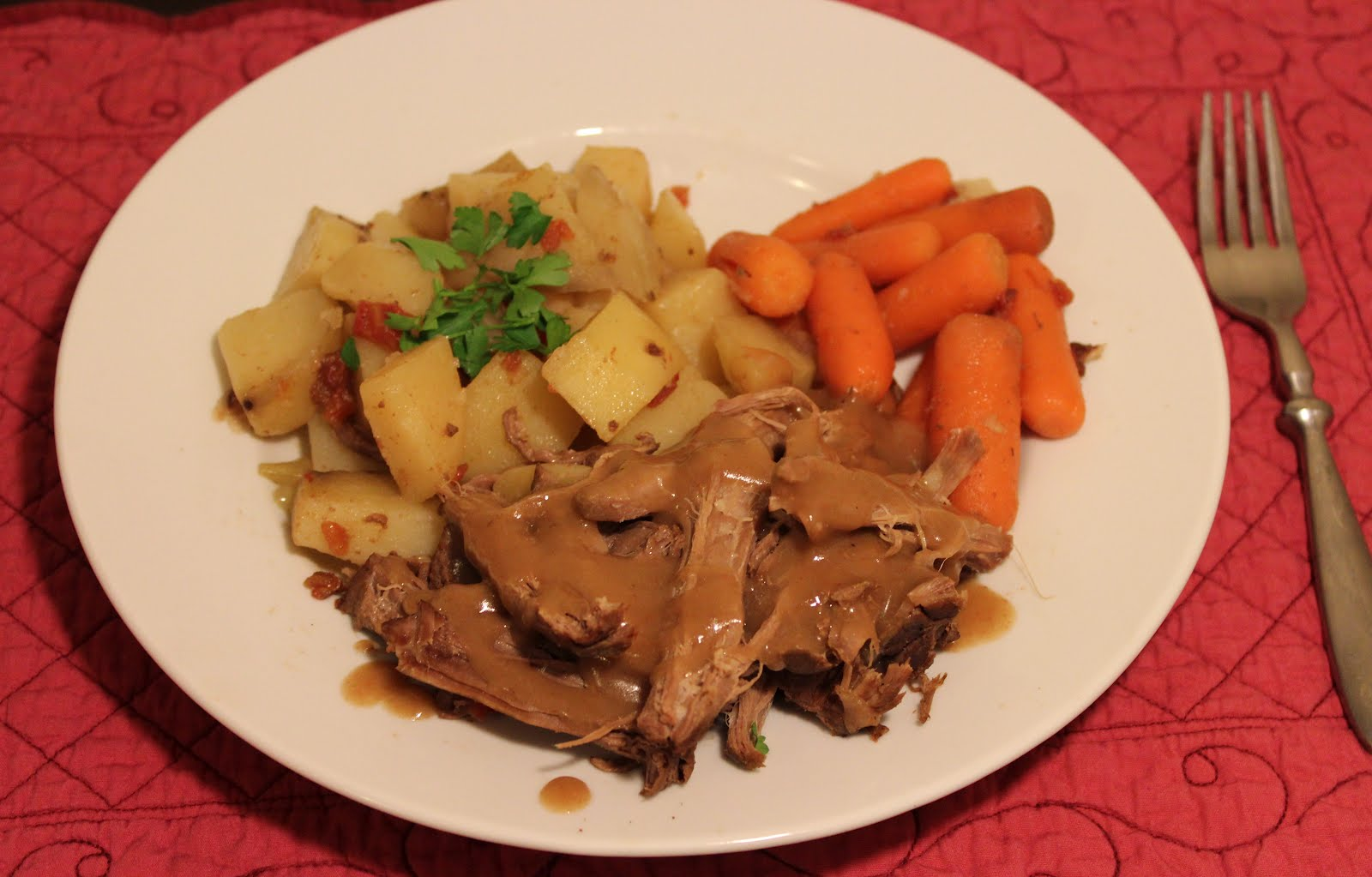 The Best {and EASIEST} Crock Pot Roast & Gravy Ever - Yummy Healthy ...