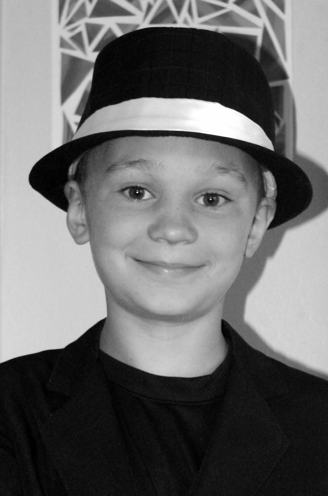 Josiah, 10