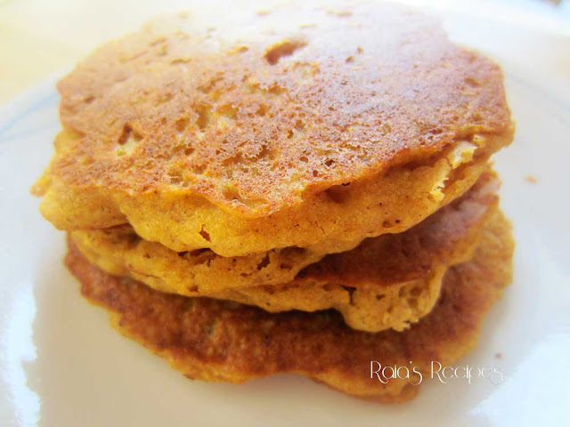 Pumpkin Pie Pancakes by Raia's Recipes