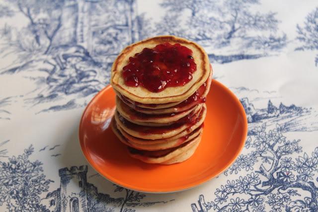 El dulce mundo de Nerea - Minipancakes de plátano y nuez moscada