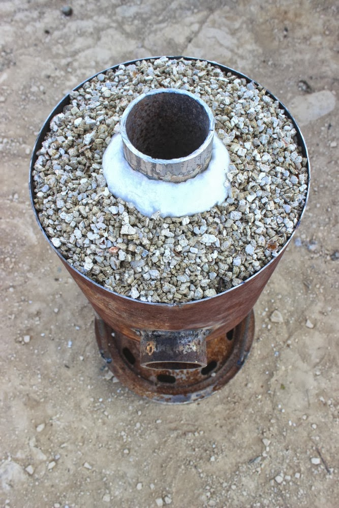 Rocket Stove Insulation : The field lab insulation
