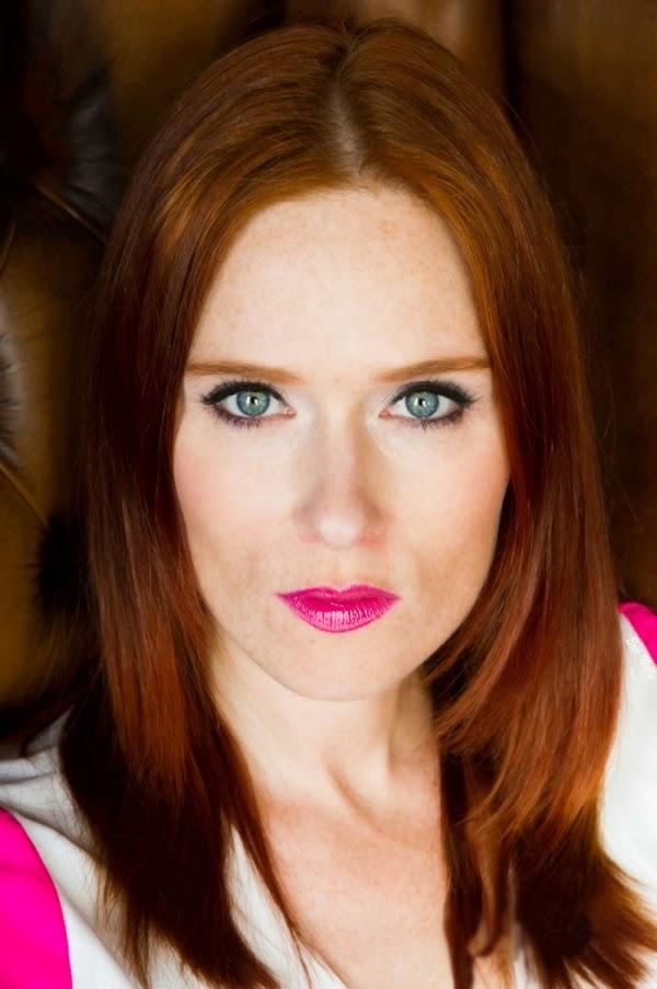 cosmopolite beauté, cosmopolitan beauty, rousse, Audrey Fleurot, actrice, comédienne