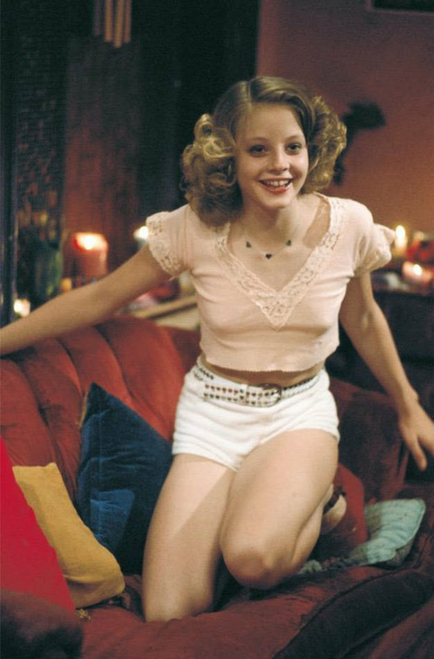 22 Vintage Photos of a Young and Beautiful Jodie Foster on ... Joseph Gordon Levitt Wife