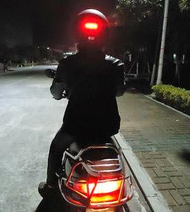How to Make a Wireless Helmet Brake Light Circuit