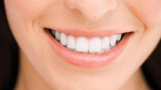 Teeth+Whitening+Strips.JPG