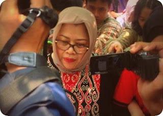 Dewie Yasin Limpo Janjikan Anggaran Proyel PLTMH kepada Irenius Adi