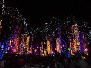 Ayala Triangle Lights and Sound Show