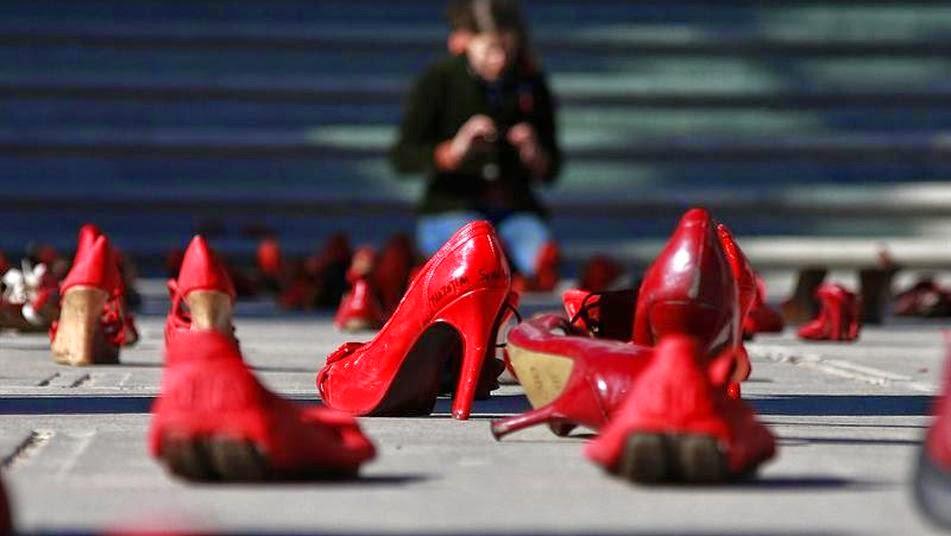 """""""femminicidio"""" - giornata mondiale contro la violenza sulle donne"""