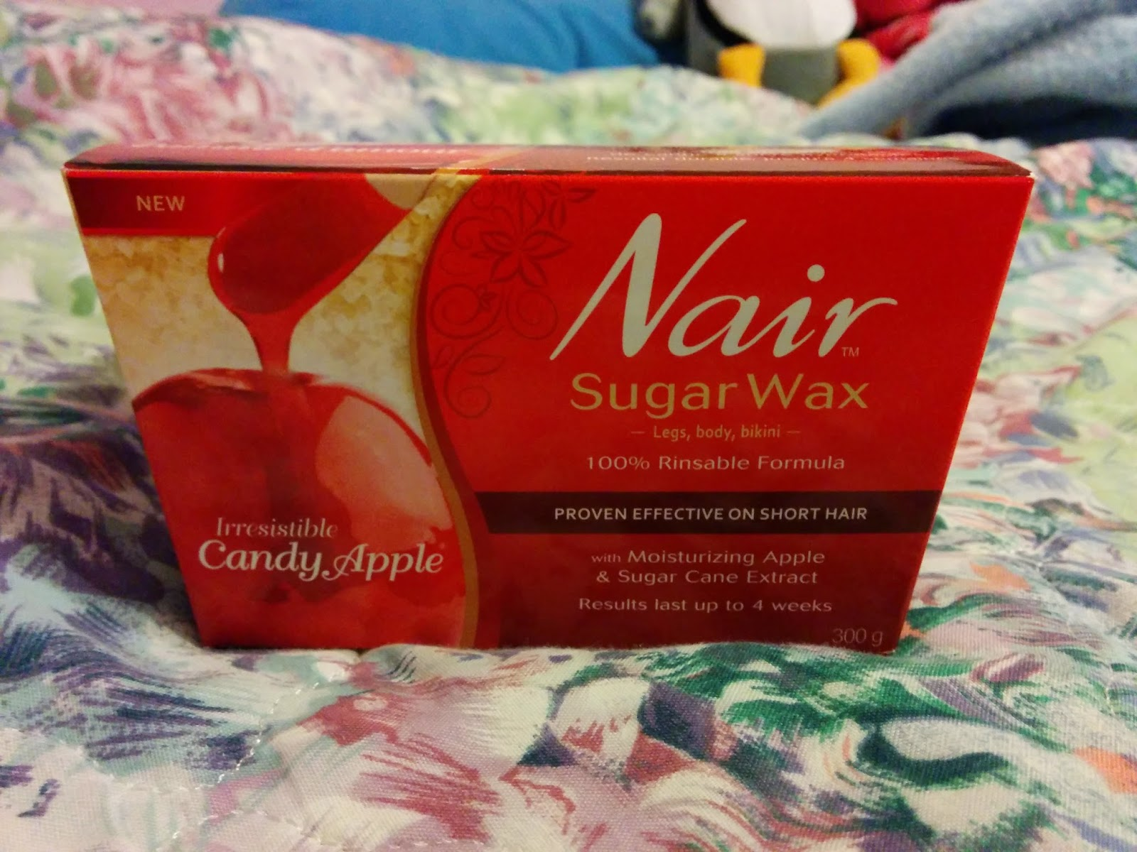 I'm Not a Beauty Guru: Review: Nair Candy Apple Sugar Wax