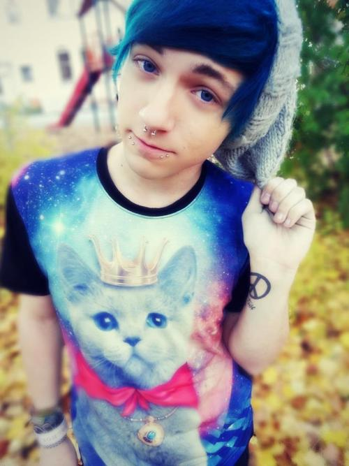boy with blue hair tumblr - photo #23
