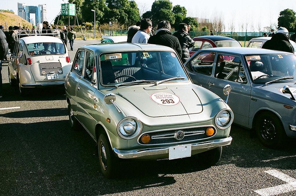 Suzuki Fronte, dawna motoryzacja, ciekawe małe samochody, klasyki z lat 60