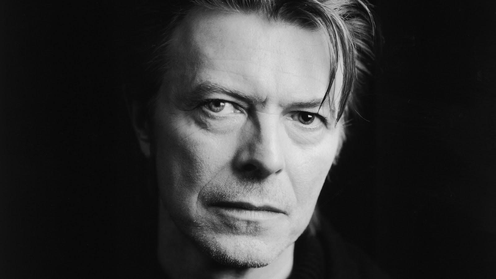 Morreu David Bowie