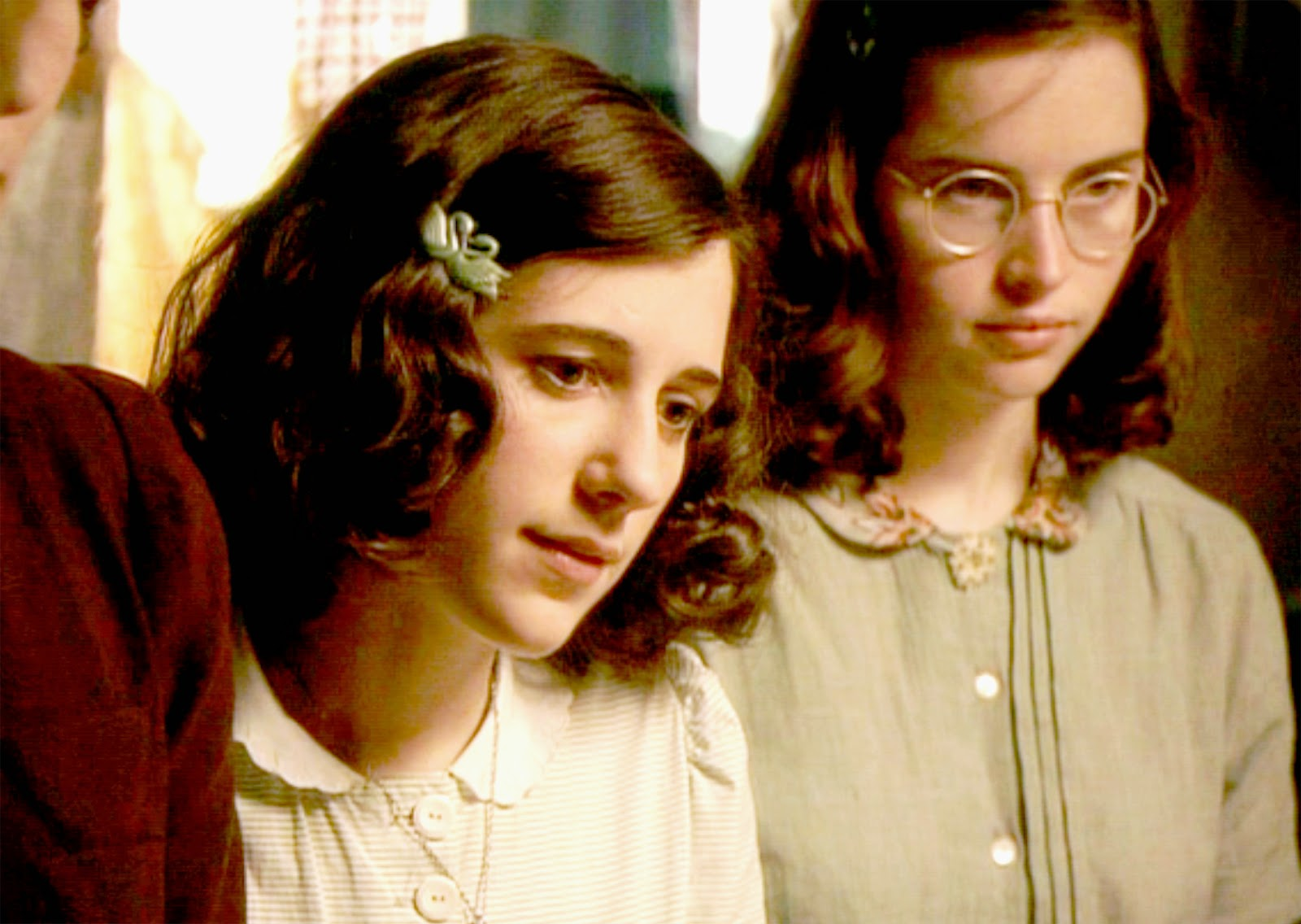 diary of anne frank The memoir anne frank: the diary of a young girl is an interesting and important book that i found very remarkable its very informative on how anne, her family, and friends went into hiding from the nazi war and how they survived from what little they had.