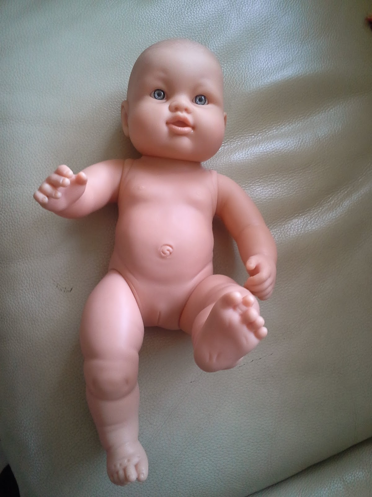 bébé chéri à habiller corolle