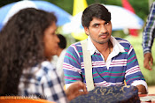 Pora Pove Movie photos Gallery-thumbnail-3