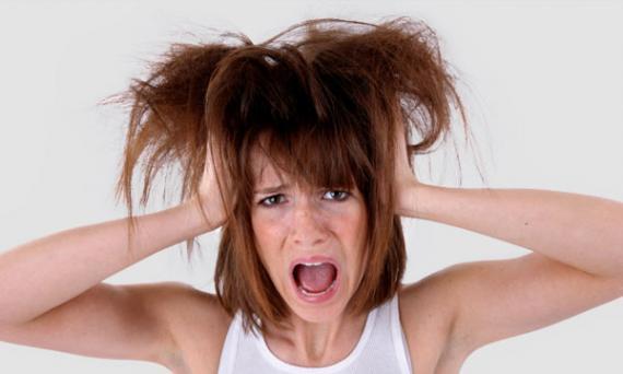 Saiba dos riscos de se fazer uma progressiva em cabelos elasticos.