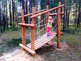rotaļu laukums bērniem bērnu rotaļu laukums atrakcijas bērniem koka rotaļu laukums