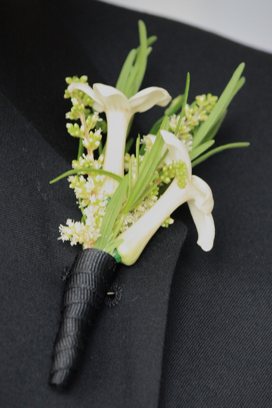 Stephanotis Boutonniere - Boutonnieres - Wedding Flowers - Groom - Usher - Best Man - Groomsmen - Ushers - Groom's Boutonniere