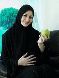 Wanita Hamil Tak Harus Makan Berdua
