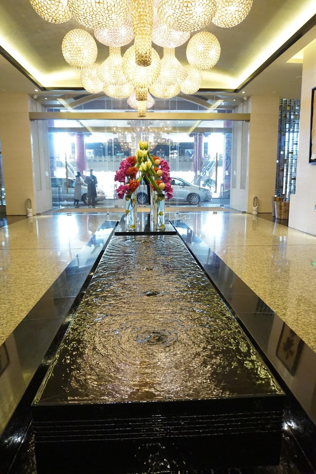 portman ritz-carlton shanghai china prc hotel lobby review