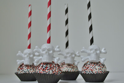 pirate cake pops - sweet cakes by rebecca