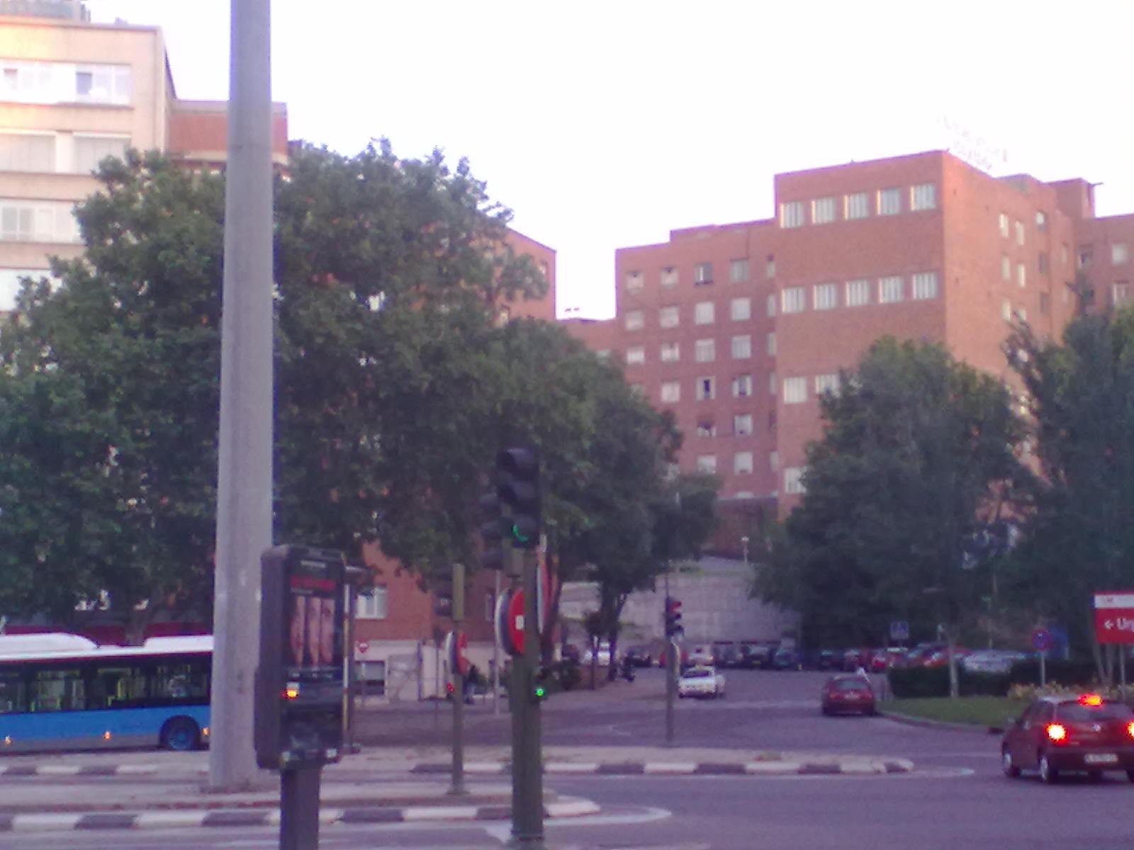 Buscador de madrid hospital clinico san carlos for Puerta k hospital clinico san carlos
