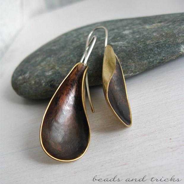 Orecchini forgiati a mano in ottone e argento