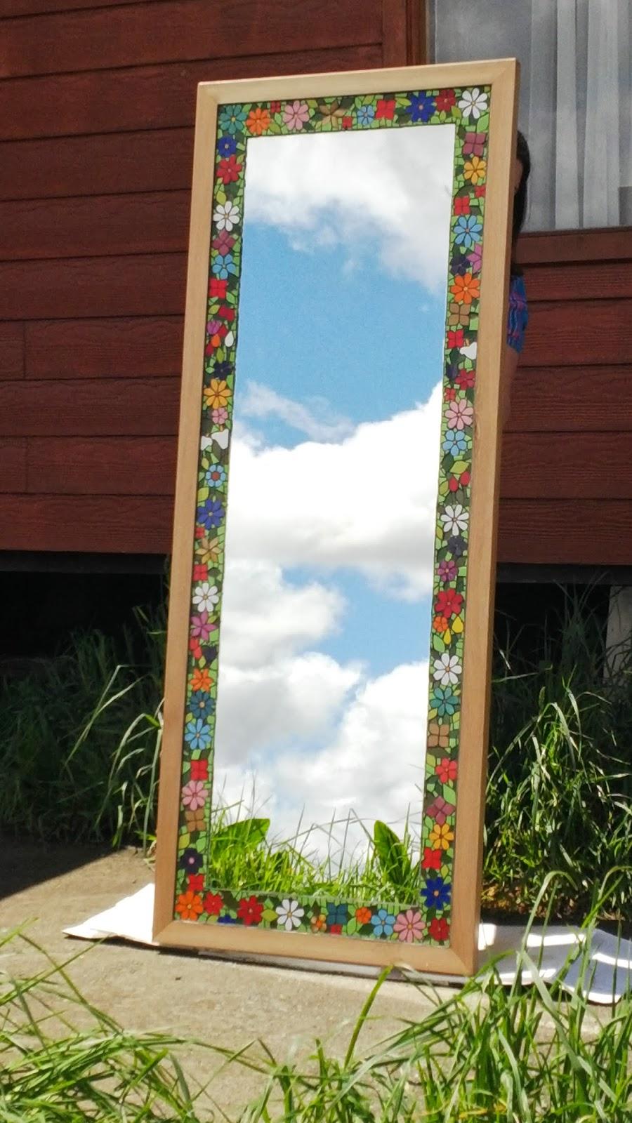 Chilo mosaicos espejos for Mosaicos para espejos
