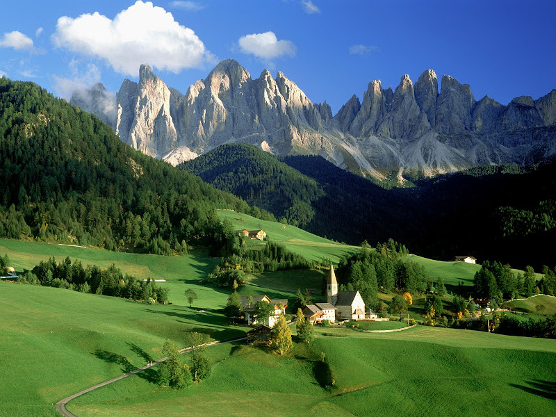 Top World Travel Destinations Dolomite Mountains Italy