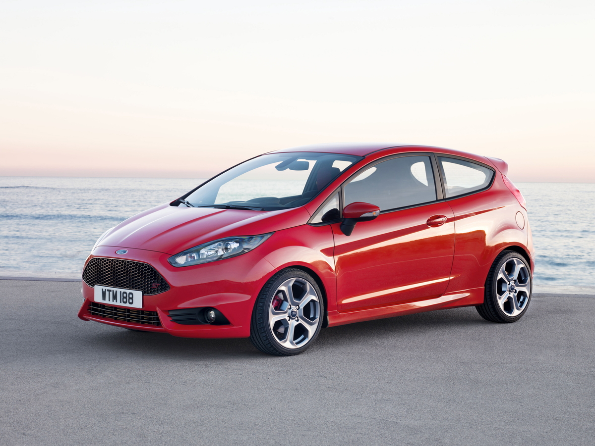 speedmonkey ford fiesta st price specs and photos. Black Bedroom Furniture Sets. Home Design Ideas