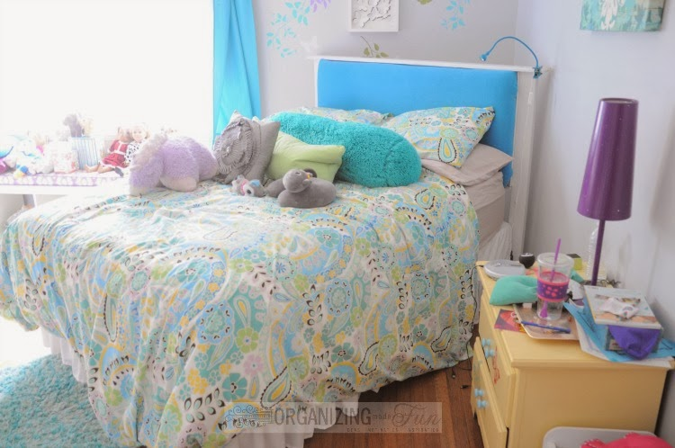 Kids make their beds :: OrganizingMadeFun.com