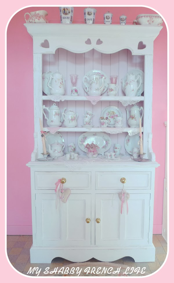 my shabby french life un buffet shabby chic. Black Bedroom Furniture Sets. Home Design Ideas