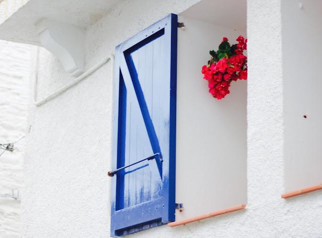 maituins-2015-summer-ventanas_cadaques
