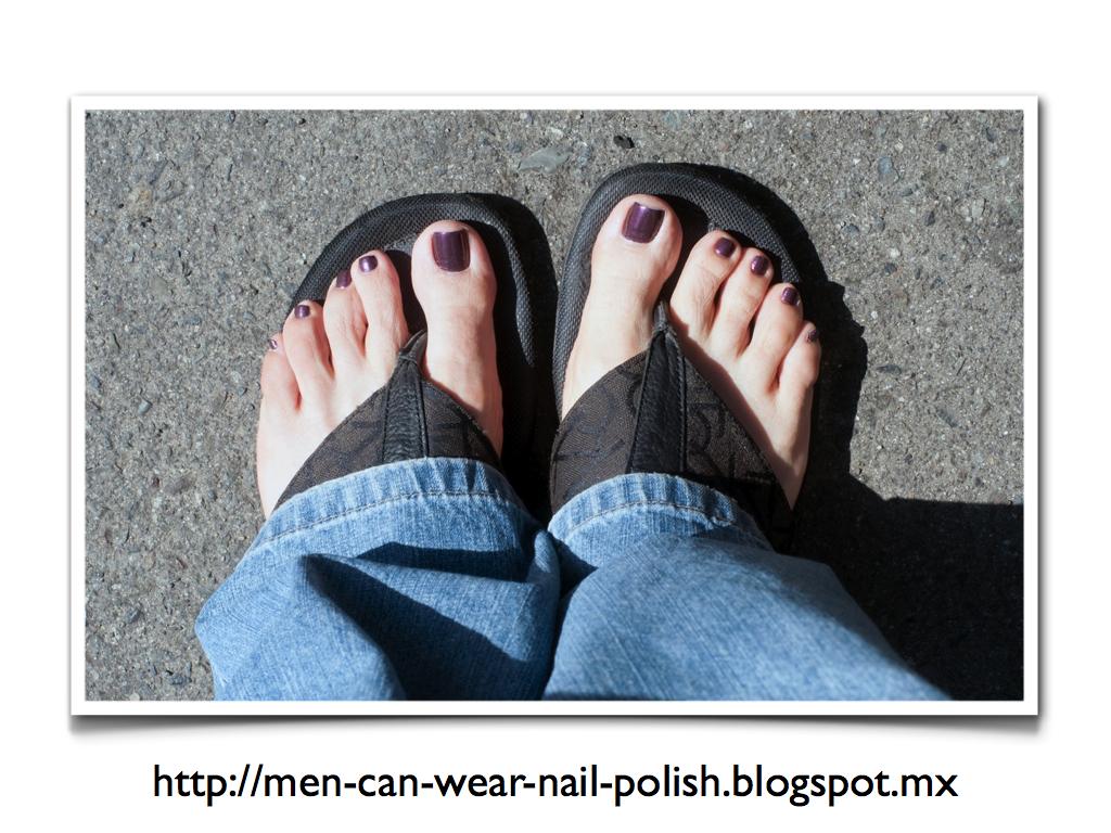 Men can wear nail polish: Finger Paints - Who\'s Hue?