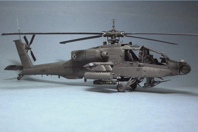 Ah64a Apache Helicopteron Aircraft Nose Landing Gear Systems