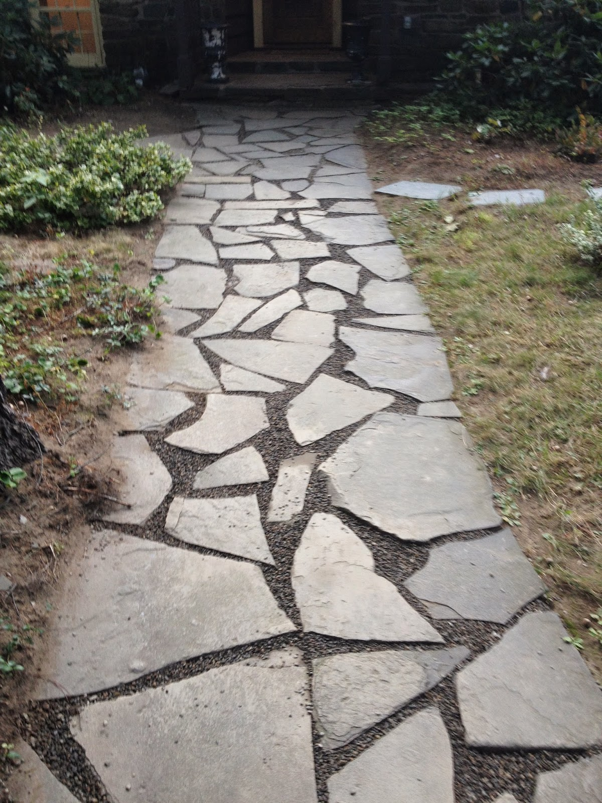 How to correct a muddy walkway-how to fix a muddy walkway - how to add drainage to a walkway