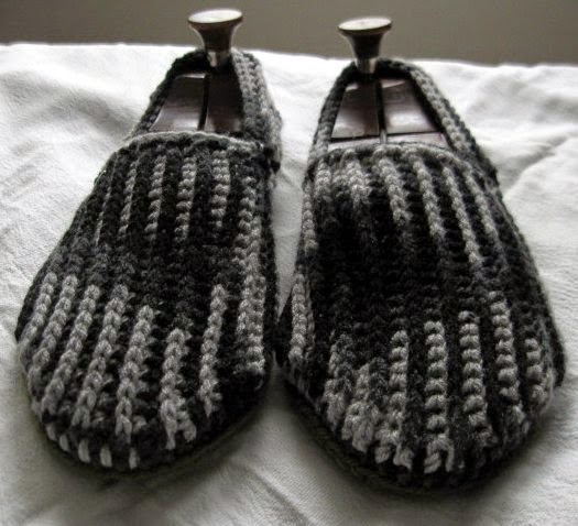 https://www.etsy.com/listing/231334802/size-11-crochet-house-slippers-charcoal?ref=shop_home_active_1