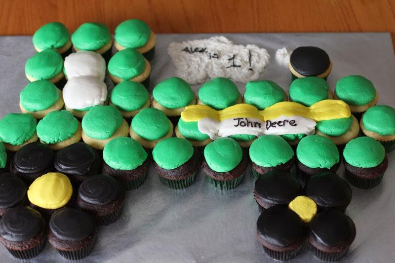 The Ganos John Deere Brthday Cupcake Tractor and Smash Cake