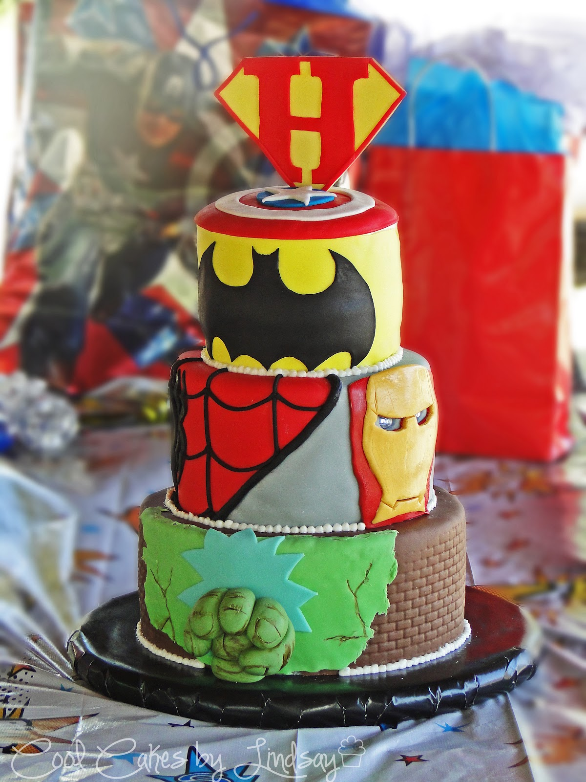 Cool Cakes By Lindsay submited images