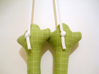 Текстильная лягушка, хранительница ручек