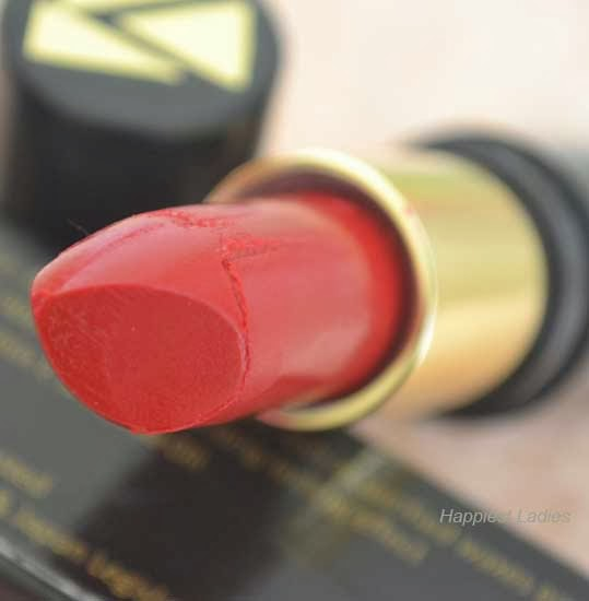 Viviana-Lipstick-VLM004-Sizzling-red-open-stick-+-best-lip-moisturizer