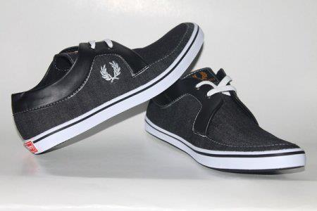 Sepatu Fred Perry FP01