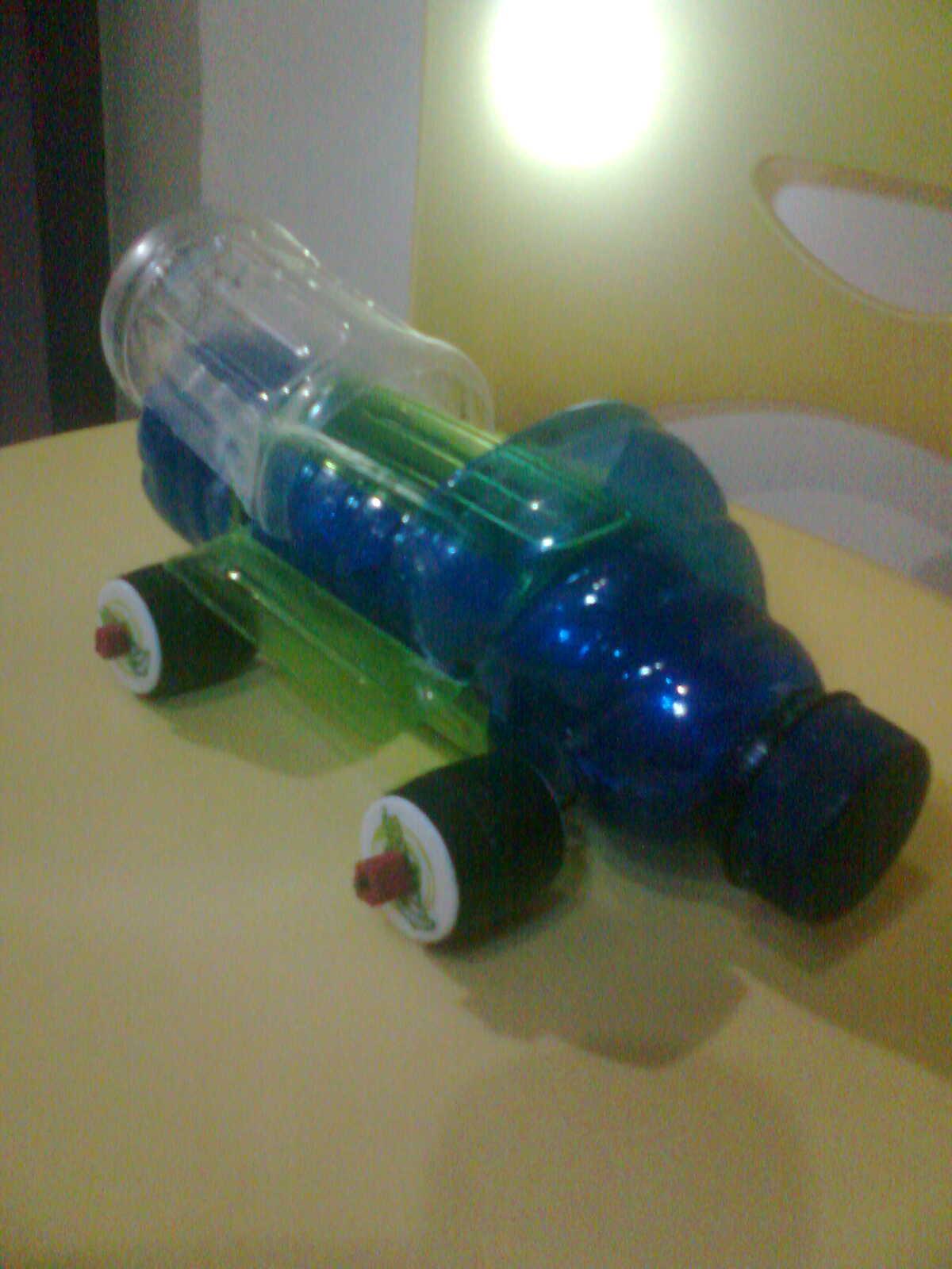 Cara Membuat Mainan Roket Air Dari Barang Bekas