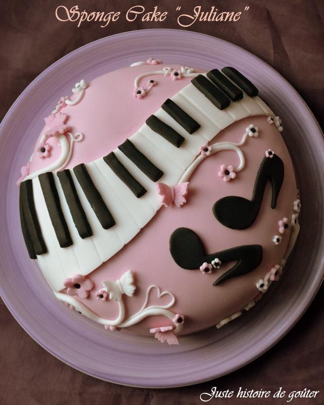 "juste histoire de goûter: gâteau sponge cake & pâte à sucre ""piano"