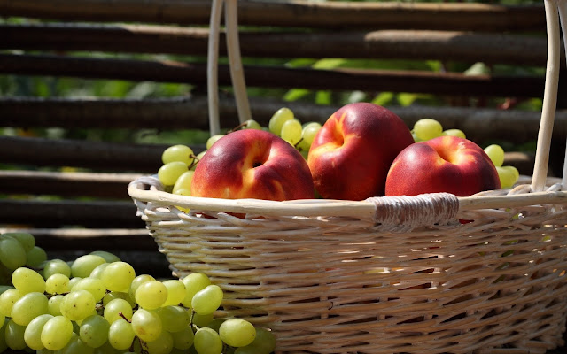 Apples and Grapes Basket