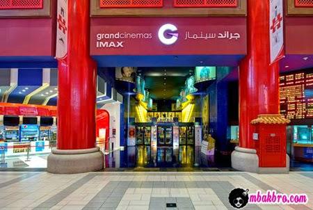 satu-satunya bioskop di Arab Saudi untuk ekspat